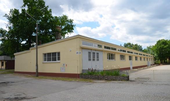 Wymiana stolarki okiennej,  malowanie pomieszczeń i odtworzenie elewacji budynku nr 23 w kompleksie wojskowym przy ul. Obornickiej we Wrocławiu